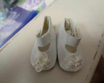 Teeny Tiny White Mary Jane Button Strap Doll Shoes  Vintage Doll Shoes-Size 8