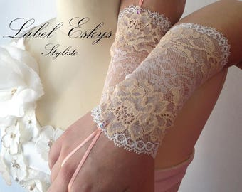 white lace and nude wedding gloves