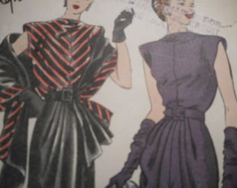 Vintage 1940's Vogue 4658 Special Design Dress and Stole Sewing Pattern Size 14 Bust 32