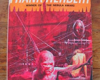 The Heaven Makers Frank Herbert Vintage Paperback Book Science Fiction 1960s Novel Sci-Fi Scifi Fantasy Utopian Society Psychology Thriller