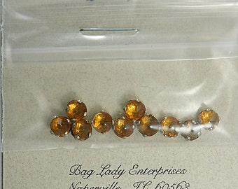 Rose Montees TOPAZ Size 18 High Dome SS18 10 Pcs