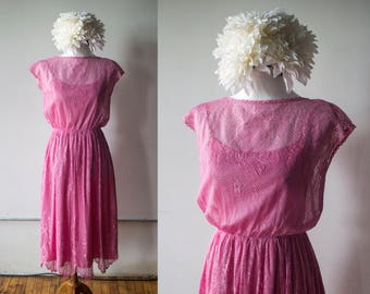 Vintage 1970s Pink Lace Fit and Flare Dress - Size S