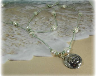 Shell and Pearl Necklace, Beach Necklace, Pearl and Leather Necklace, Leather Knotted Necklace, Summer Necklace