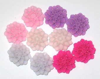 DEAL 15mm Resin Chrysanthemum Cabochons Victorian Mix (20)