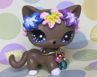Littlest Pet Shop Cute, Charming Short Hair,  KITTY Cat Ooak Custom, Nice!