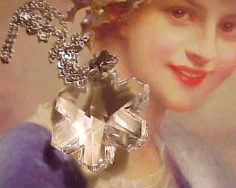 SWAROVSKI Crystal Sterling Necklace Winter SNOWFLAKE Such Sparkle