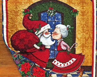 Christmas Quilted Wall Hanging, Christmas Lap Quilt, Throw Quilt