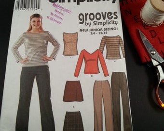 Junior Miss Pants tops skirt Grooves by Simplicity  casual wear
