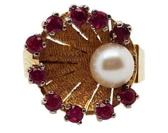 18K Vintage Shell Pearl & Ruby Dress Ring