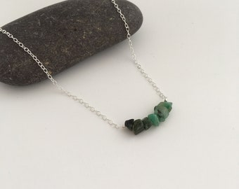 Ombré Emerald necklace, May birthstone jewellery, shades of green, natural Emerald chip necklace, girlfriend gift, raw Emerald