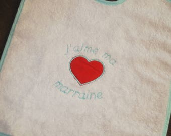 Personalized embroidered baby bib bib with I love... and a pattern