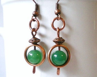 Emerald Green Earrings, Green Circle Earrings, Hammered Copper Paddles and Green Beads Earrings, Dangly Green Earrings, Green Drops
