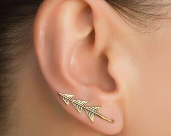 Brass ear crawler. ear climber. ear crawler earrings. curved ear crawler. ear crawler ear cuff. cartilage ear cuff