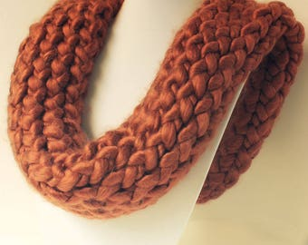 Chunky Scarf-Thick Infinity Scarf-Round Scarf-Circle Scarf-Rust Red Scarf-Textured Scarf-Hand Knitted Scarf-Luxe Knitted Cowl-Chunky Cowl