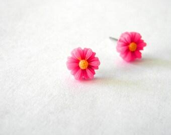 Pink Daisy Flower Post Earrings Flower Stud Earrings 7mm