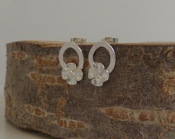 Buttercup stud earrings on small hoop
