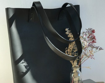 Black Distressed Leather tote bag with ZIPPER. Premium sturdy waxed leather. Handmade