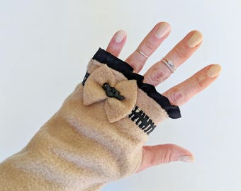 Mothers Day Gift Ideas, Unique Fingerless Gloves, Birthday Gift Womens, Black and Tan Fingerless Mittens with Bird Buttons, Arm Warmers