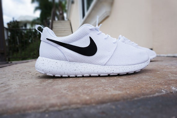nike roshe run womens shoe black and white clip