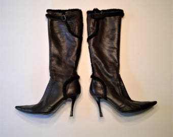 NEW PRICE - Rene Caovilla Made in Italy Fur Lined and Trimmed Leather Pointed Toe Boots with Leather Heels - Size 39
