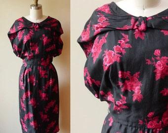 1950s Red Floral Wiggle Dress // Silk // vintage dress