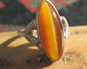 Vintage Tiger Eye and Sterling Silver Ring Size 6.25