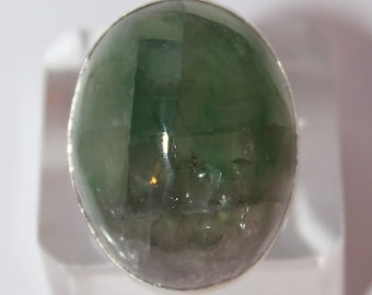 Green fluorite Ring, size 19, WORLDWIDE FREE SHIPPING