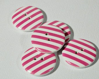 Pink set of 10 striped wooden buttons 15mm