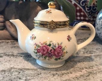 Teapot Kettle Hinged Trinket Box Baum Bros. Formalities Small Tea Pot Wedding Ring Storage Container, Item #589514220