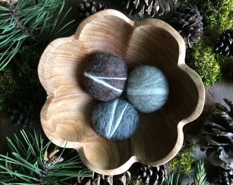 Wool felt pebbles, set of 3, Light Grey, Natural Charcoal Grey, and Dark Brown Heather, grey wool river rock for natural home decor, cat toy