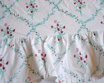 Ralph Lauren Bed Sheet - Aqua and Red Geometric Floral - Twin Flat