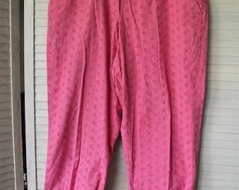 Pink Eyelet Pants/ Size 14/ Vintage Thrift/ Romantic Chic/ Retro Clothing/ Funky Pink Pants/ Shabbyfab Funwear