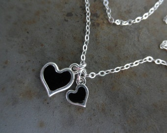 Enamel hearts chain necklace
