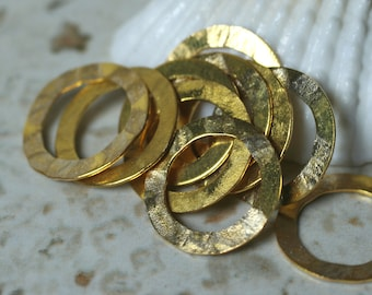 Hand hammered gold plated circular link connector O ring earring charm aprox 15mm in diameter, 6 pcs (item ID YWXW00111ABAK)