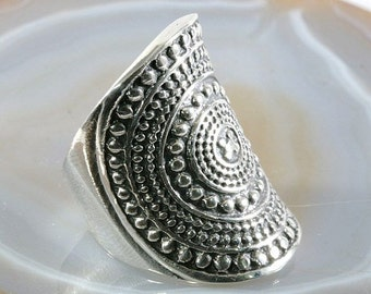 Ring, massive and beautiful in 925 sterling silver - 3717