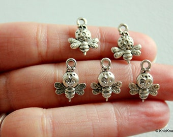 5 x Tibetan Silver Bees Double Sided Pendants / Charms