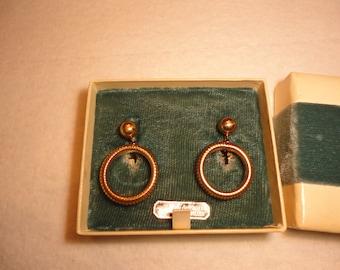 SALE ! Art Deco hoop earrings set in the original box - gold filled - antique - estate jewelry  - screw back -  dangle - 1930s