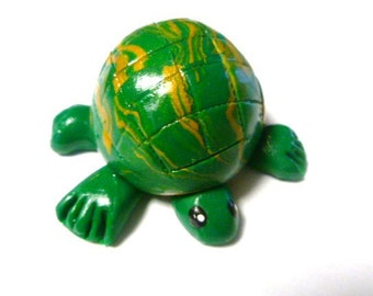 Mini Marble Friends-Tiny Turtle in Green and Gold Swirl