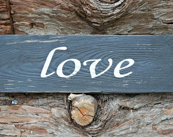 love | Wood Signs | Rustic Sign | Love Sign | Photo Prop | Wedding Sign | Valentine's Day | Home Decor | Wall Decor | Mantel Decor