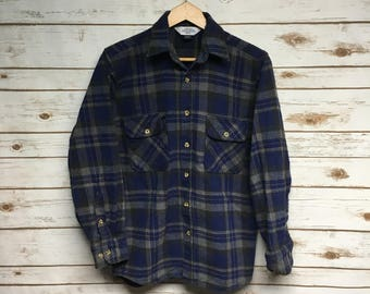 Vintage 90's Eagle Crest heavy cotton flannel shirt blue and gray plaid flannel shirt boyfriend grunge hipster flannel - Small