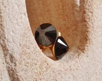 Jet Black Swarovski Stud Earrings, Hematite Finish, Mirror, Reflective