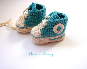 Crochet baby sneakers-Newborn crochet shoes-crochet booties-crochet baby shoes-baby gift-shower gift-knitted baby shoes-handmade-shoes