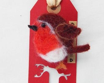 Robin brooch pin needle felted  Christmas robin