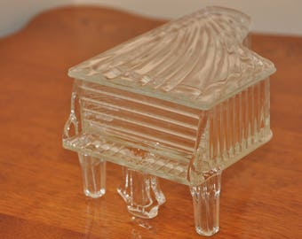 Vintage Clear Glass Grand Piano Jewlery Dish