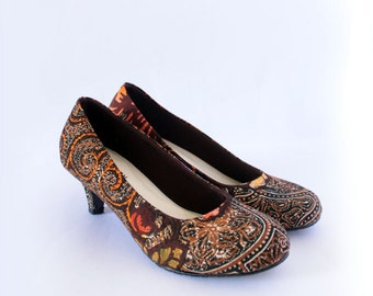 Authentic handpainted Indonesian Batik in cute heels