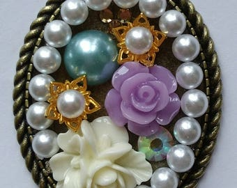 Bronze pearl and flower pendent