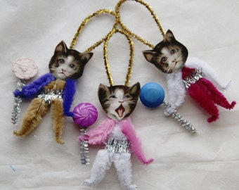 Ser of 3 Chenille Ornaments, Easter Cats, Kittens, Vintage Style Primitive  (202)