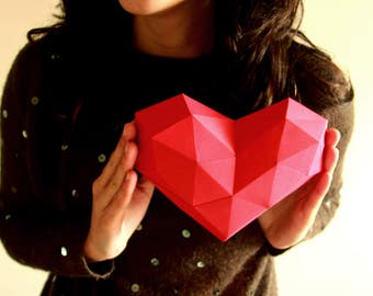 Heart Papercraft, Mothers day, Valentines day, Low Poly Heart, Gift for her, Mothers day, gift for mum