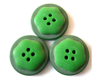 4 Antique vintage buttons, 2 green shades, 22.5mm, plastic, RARE