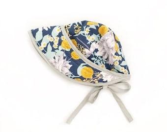 Sunhat in blue floral